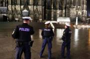 Immoral at Historic German Swimming Baths, Gang of Migrants Arrested