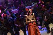 Titi Kamal Tampil di Orkestra A Maulid, The Gift of The Rose