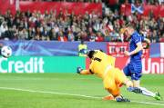 Vardy Keeps Leicester Life in Sevilla