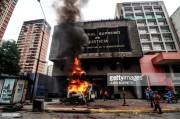 Helicopter Droped Grenades to Venezuela Supreme Court