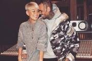 Agnez Mo dan Chris Brown Hadiri Ultah DJ Khaled