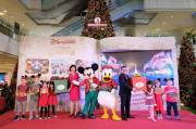 Mickey Mouse dan Donald Duck Liburan di Grand Indonesia