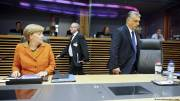 Merkel voices solidarity with Juncker, stops short of calling for Orbans Fidesz to be thrown out of EPP