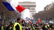 Paris police chief replaced, PM signals tougher rules on yellow vest protests