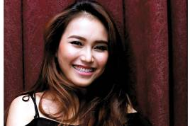 Album Best Of Ayu Ting Ting Laris