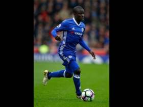 NGolo Kante Raih Gelar Player of The Year