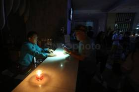 Aksi Earth Hour di Palembang