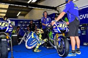 Demi Podium Rossi Bakal Modifikasi Motor