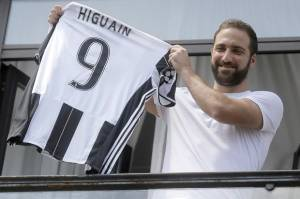 Napoli Wajib Move On dari Higuain