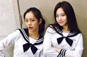 Wow! Hyeri dan Yura Girls Day Berubah Sailormoon