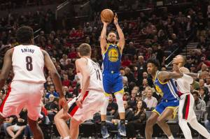 Kembali Menang, Warriors Siap Segel Tiket Final NBA