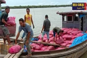 Bea Cukai Aceh Gagalkan Penyelundupan 13 Ton Bawang Merah