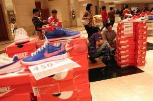 Diskon Bank Mega di Nike Football Bazaar