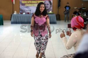 Mary Jane Tampil di Fashion Show Lapas Wirogunan