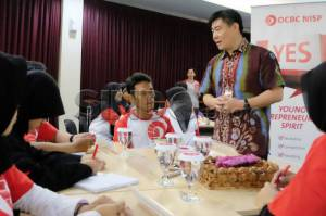 OCBC NISP Gelar Young Entrepreneurship Spirit Workshop 2015