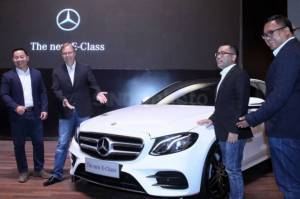 Mercedes Benz The New E Class Sedan Eksekutif Tercerdas