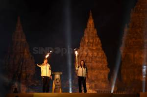 Api Obor Asian Games dari India dan Mrapen Disatukan di Prambanan