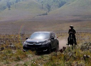 All New CR-V Turbo Jajal Medan Gunung Bromo
