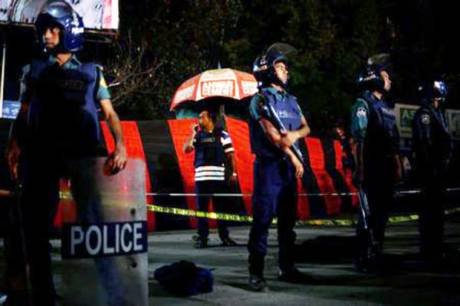 Bangladesh Airport Bomber Killed by Own Blast