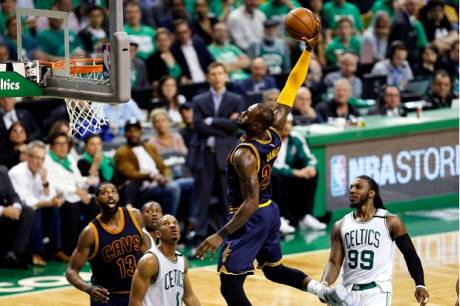 LeBron Lewati Rekor Michael Jordan, Cavs Tantang Warriors di Final NBA