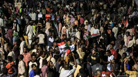 Sudan protesters suspend talks with military leadership