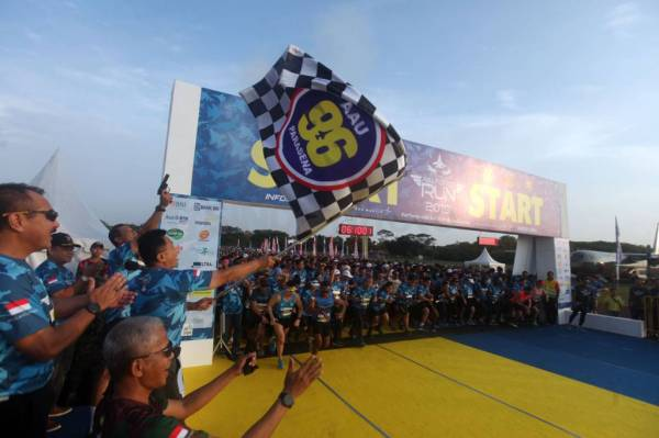 5.155 Pelari Ikuti Air Force Run 2019