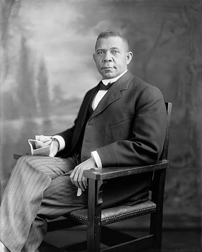 discussion 1 washington dubois Washington & dubois part 1: question: we will begin our discussion concerning race relations during the historical period now called reconstruction – this is the time period after the civil war.