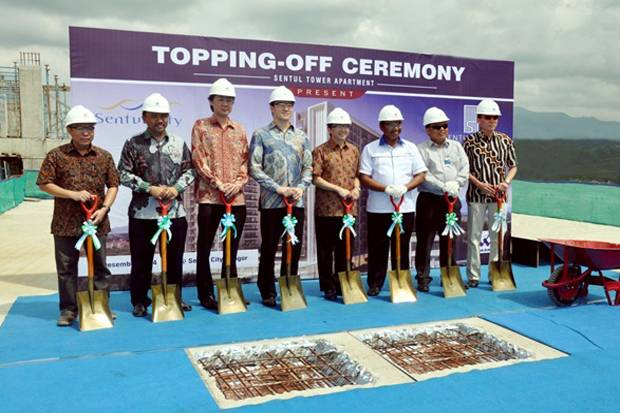 Topping Off Sentul Tower Apartement