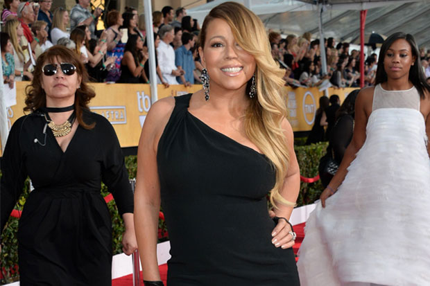 Mariah Carey Raih Walk Of Fame