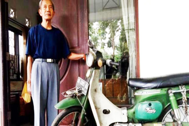 This Teacher Old Motorcycle Sold Until Rp36 Million