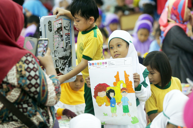 Recommend Color and Culture in Children Early