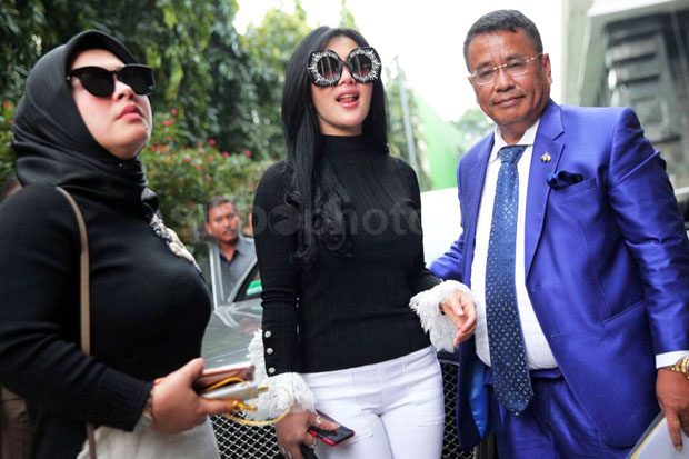 Syahrini Accused Not Recieved Money from First Travel