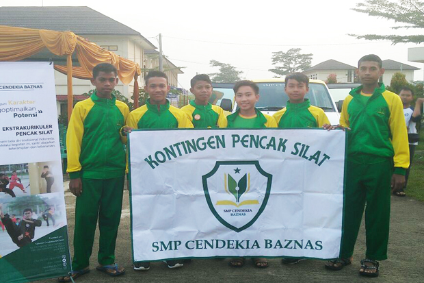 Two Students of SMP Cendekia Baznas Gained Gold Medals at Pencak Silat