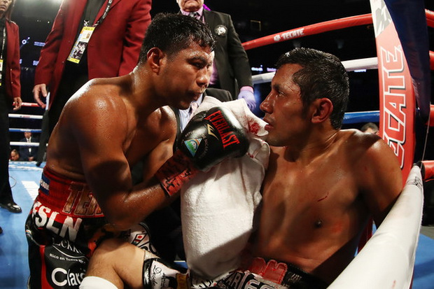 Pukul KO Veteran Meksiko, Chocolatito is Back!