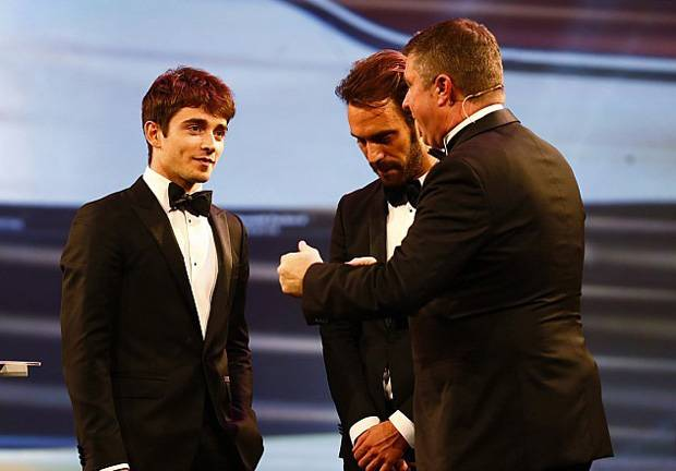 Pembalap Muda Ferrari Rebut Penghargaan Rookie of The Year