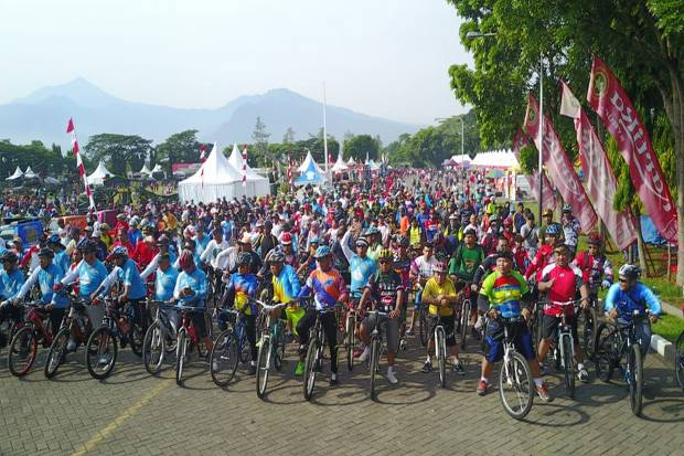 Ribuan Bikers USA Ramaikan Fun Bike Hari Juang Kartika