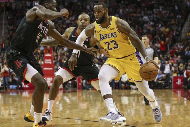 James-Ball Bikin Rekor Saat Lakers Lumat Hornets