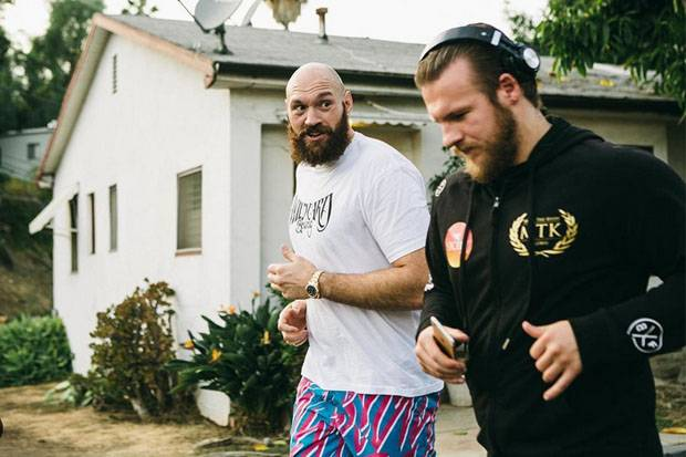 Bersiap Rematch vs Wilder, Tyson Fury Gelar Latihan di Spanyol