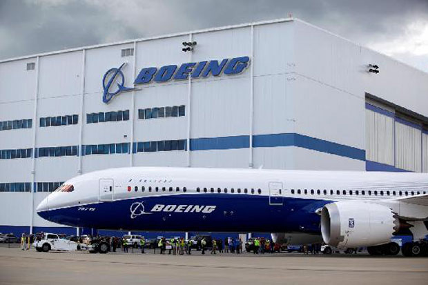 Regulator Penerbangan AS Sebut 737 MAX 8 Aman; Saham Boeing Jeblok