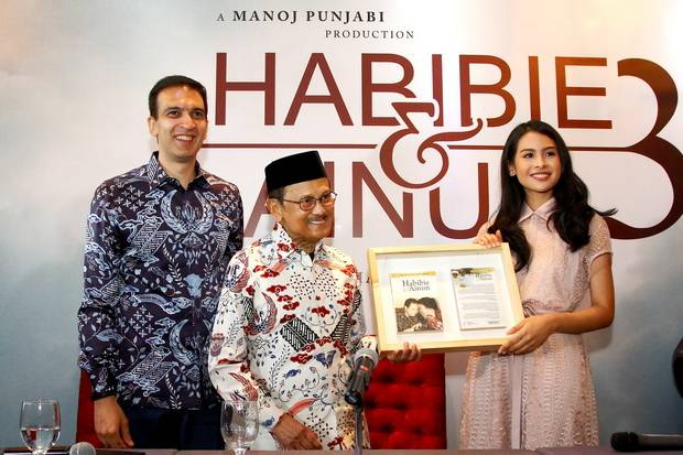 Image result for habibie ainun 3