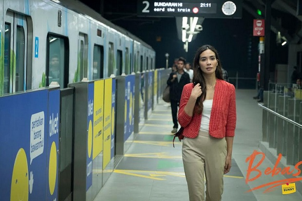 Syuting di Stasiun MRT, Film Bebas Adaptasi Box Office Korea