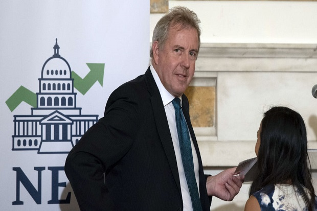 UK Ambassador to US Resigns Over Leaked Cables