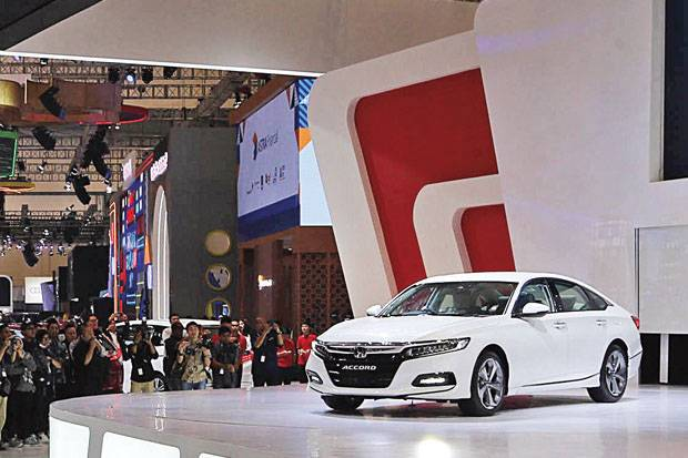 Generasi ke-10 All New Honda Accord Mesin Makin Kecil