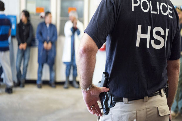 CE Arrests 680 Suspected Undocumented Immigrants in Mississippi Raid