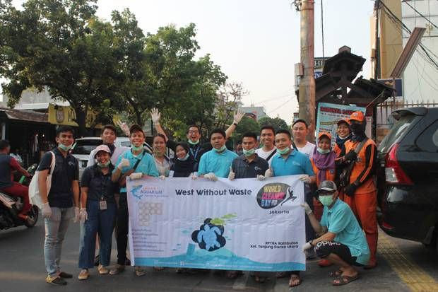 Jakarta Aquarium Peringati World Clean Up Day 2019