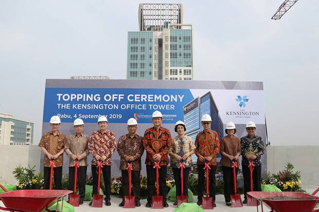 The Kensington Office Tower Gelar Topping Off