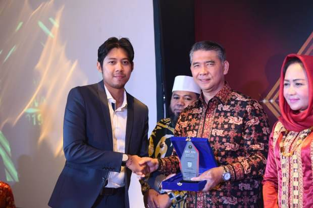 Syarif Fasha Raih Predikat Top 25 Leaders 2019 dari Seven Media Asia Awards