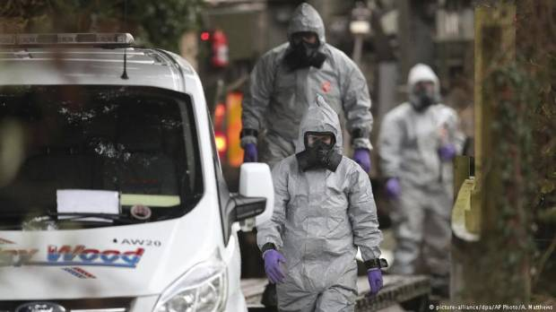 EU promises solidarity with Britain over Russian spy poisoning