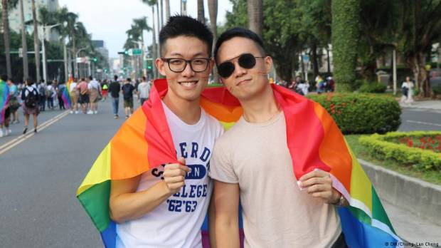 China's Weibo reverses ban on gay content after outcry