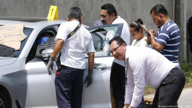 Mexico journalist Juan Carlos Huerta executed by gunman